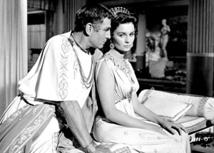 Jean-Simmons-With-Laurence-Olivier-in-Spartacus-23-1-10-kc