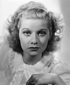 2016-01-08-1452257967-9734801-lucille_ball_young-thumb